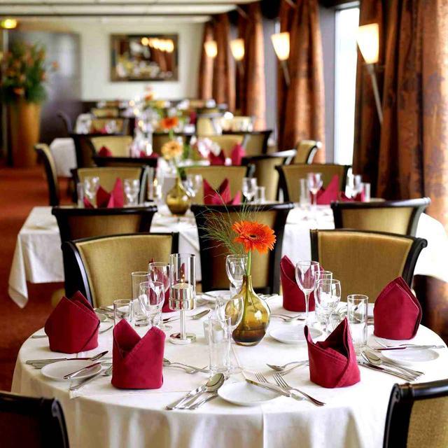 画像: 船内レストラン