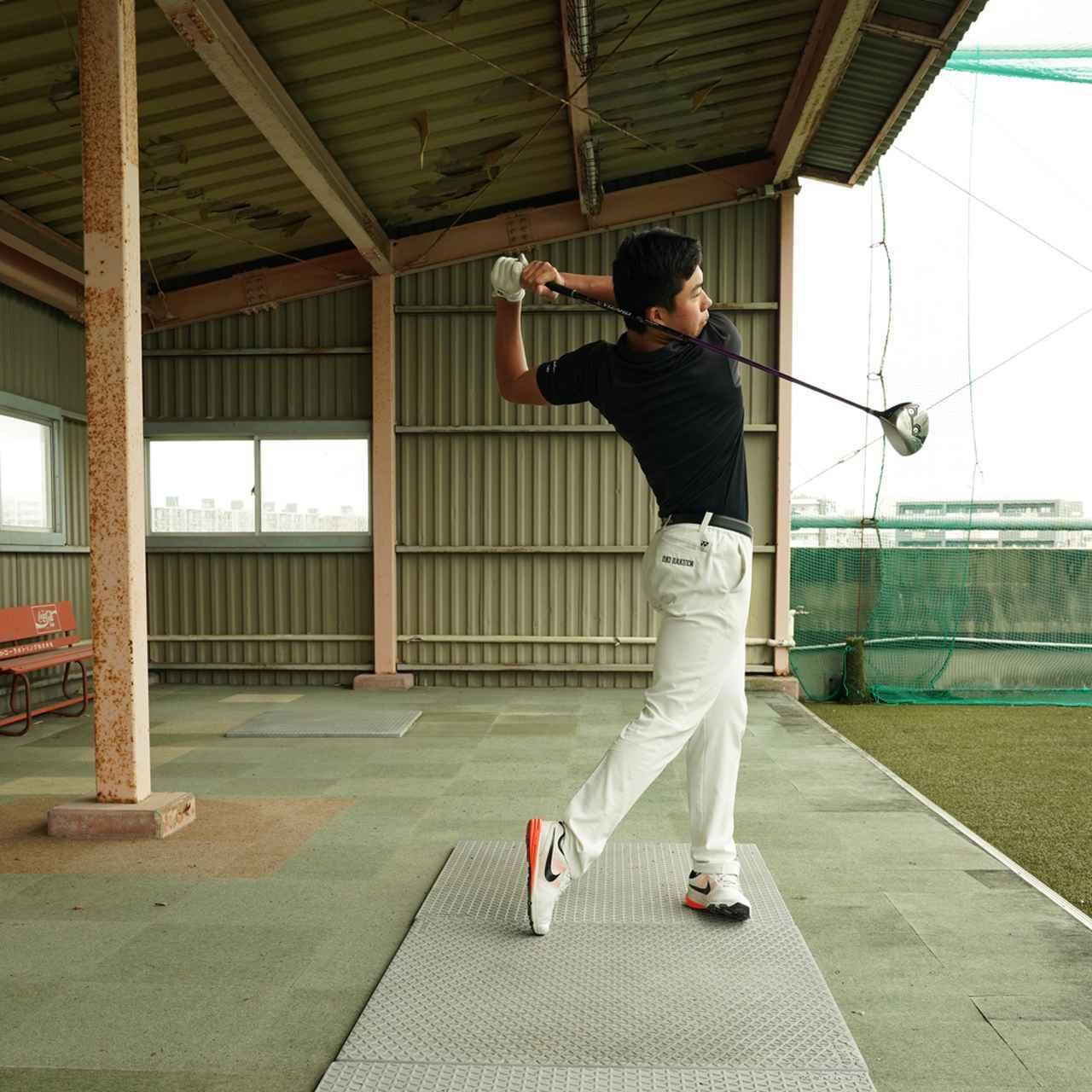 画像3: 【10本で握る】テンフィンガーグリップで300ヤードを飛ばす高校2年! 篠塚武久先生が教え子、出利葉太一郎くんのスウィングを解説
