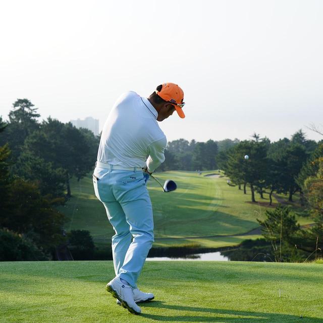 画像8: 【チェ・ホソン】振るたびに球を操る意識を感じる。「1本脚フィニッシュ」に詰まっているゴルフの神髄