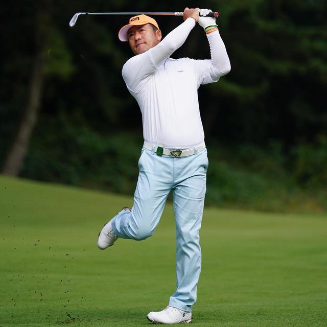 画像4: 【チェ・ホソン】振るたびに球を操る意識を感じる。「1本脚フィニッシュ」に詰まっているゴルフの神髄