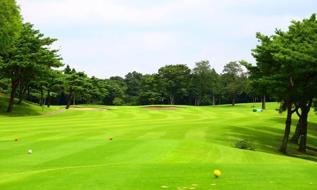 画像: 25那須ゴルフガーデンはフラットでターフコンディションもいい高原リゾートコース