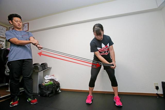 画像2: トレーニングもやっています「体の中心が安定するほどテンフィンガーが活きる」