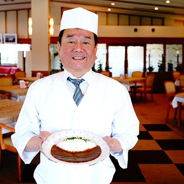 画像: 昔の味を知っているメンバーさんと試食会を繰り返しました。辛味、フルーティーさにこだわっています。 垂水ゴルフ倶楽部・矢野隆志料理長
