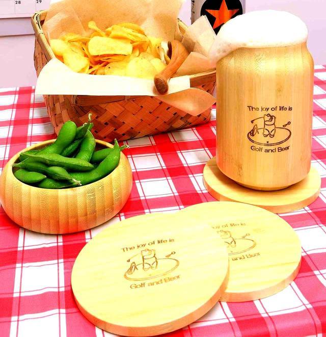 画像: ビアグラス大・おつまみ小皿・コースターの3点セット、収納ケースは竹かごです