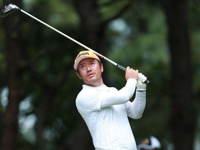 """画像: 【チェ・ホソン】「大切なのは体重移動と回転。インパクトで左足に""""全部乗せ""""するほど速く回れる」。変則でも真っすぐ飛ばせるコツを本人が解説 - ゴルフへ行こうWEB by ゴルフダイジェスト"""