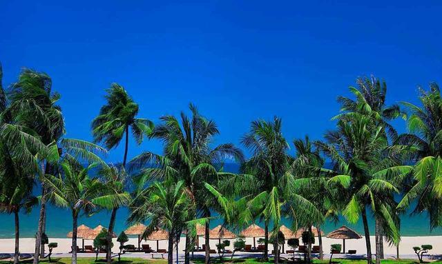 画像: 常夏のニャチャンビーチ