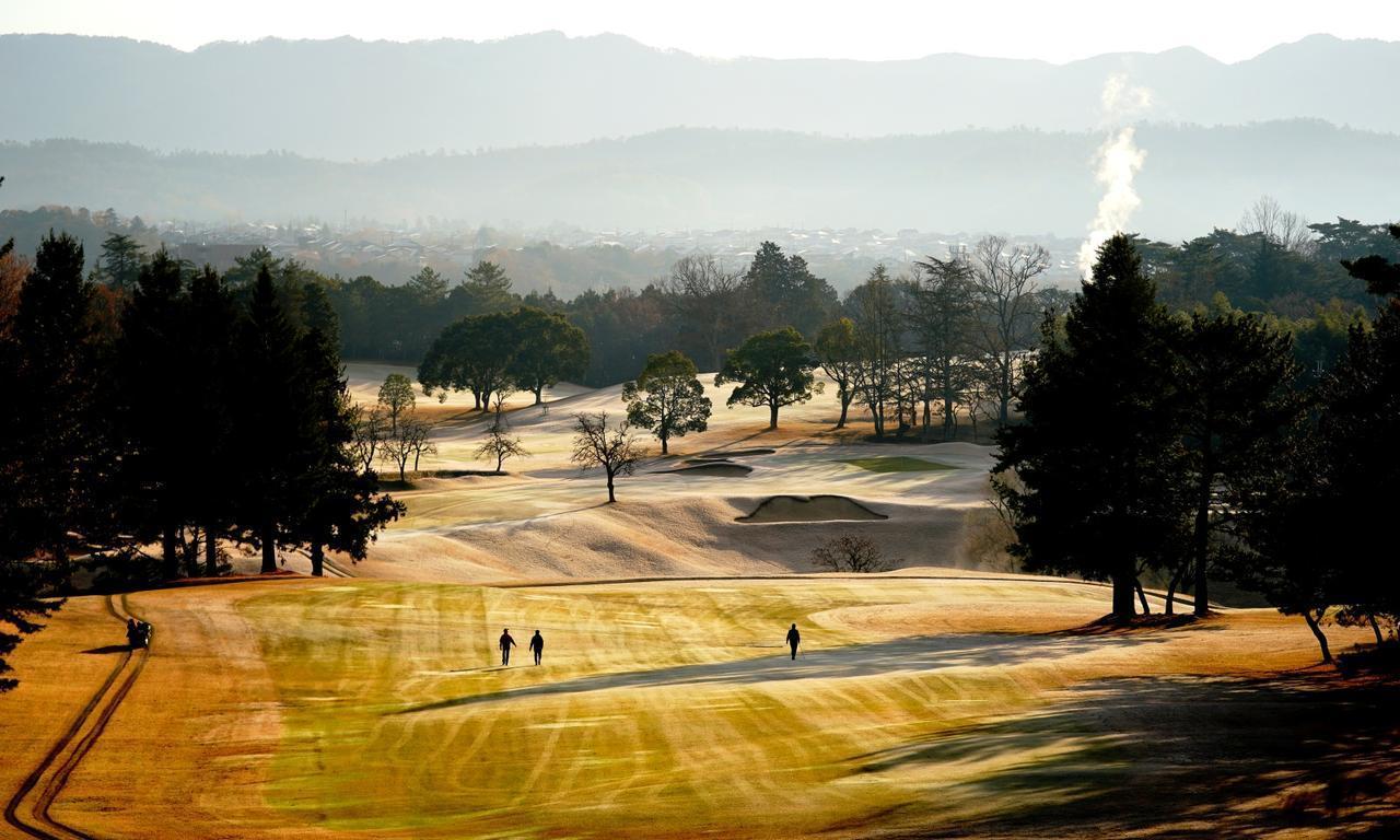 画像: 【関西・兵庫】「鳴尾ゴルフ倶楽部」「垂水ゴルフ倶楽部」。伝統のクラシックコース巡り 2日間 2ラウンド 一人でも参加可能 - ゴルフへ行こうWEB by ゴルフダイジェスト
