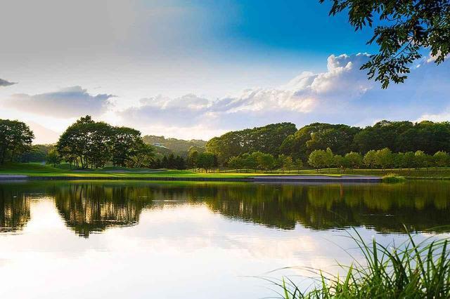 画像: 【北海道・GWに行こう】8ホールにクリークと池が絡む「北海道ゴルフ倶楽部イーグルコース」。美しさと戦略性の両立、加藤俊輔設計 - ゴルフへ行こうWEB by ゴルフダイジェスト