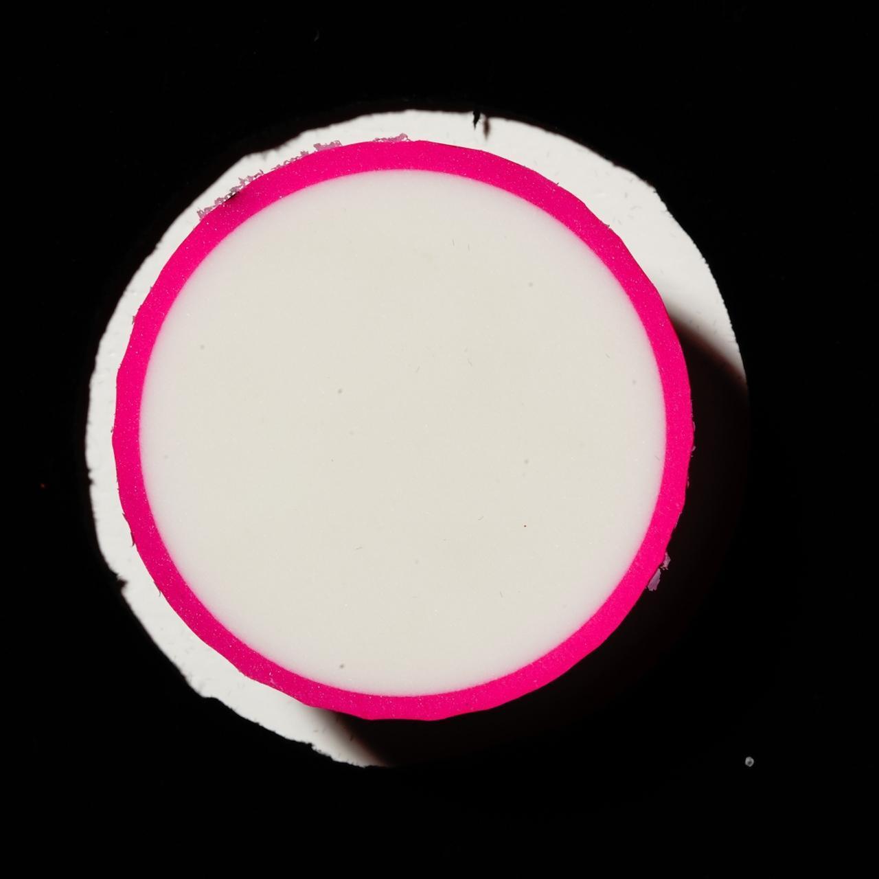 画像: 内部には反発性能の高い軽量コアを採用。シニアや女性、ジュニアにぴったりといえる。