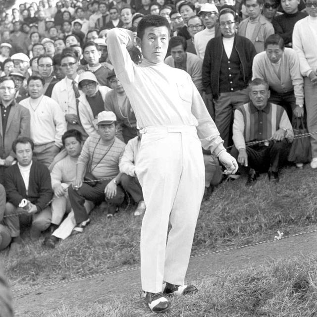 画像: 1971年日本シリーズ 杉原輝雄プロの肩越しドロップ