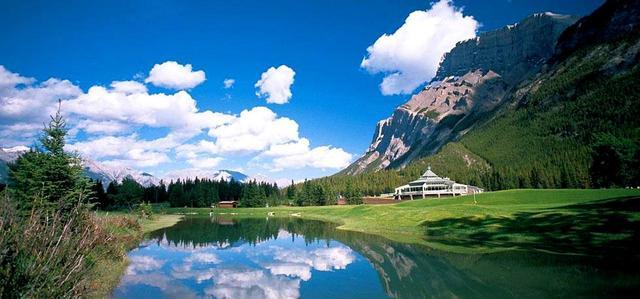 画像1: =受付終了=【カナダ・バンフ】カナディアンロッキーの世界遺産リゾートへ。夏休みに行く「バンフ&カナナスキス」7日間 3プレー(添乗員同行)