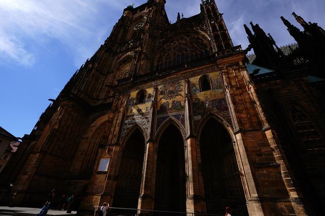 画像: 壮麗なゴシック様式の聖ヴィート大聖堂