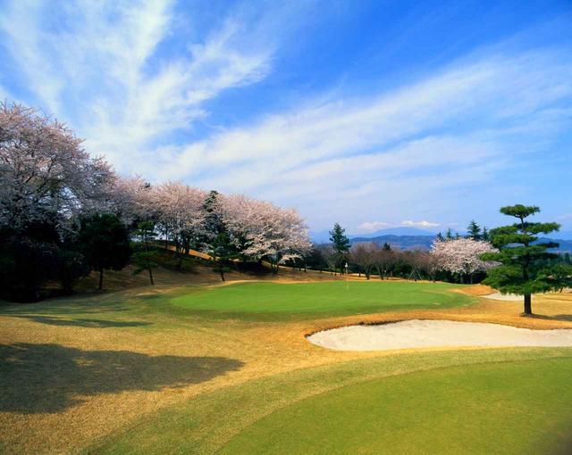 画像: 【平塚富士見カントリークラブ】 西に富士山、南に太平洋を望む36ホール 公式ホームページはこちら