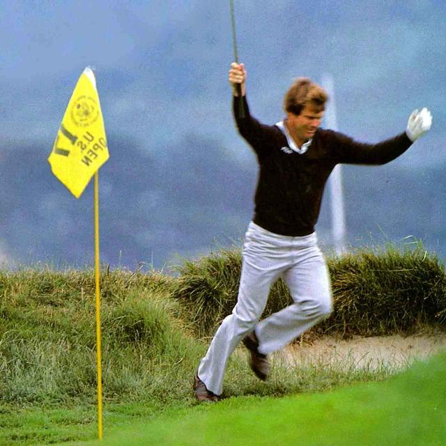 画像: 1982年の全米オープン、ペブルビーチの17番(パー3)グリーン左奥のラフから2打目を直接入れた