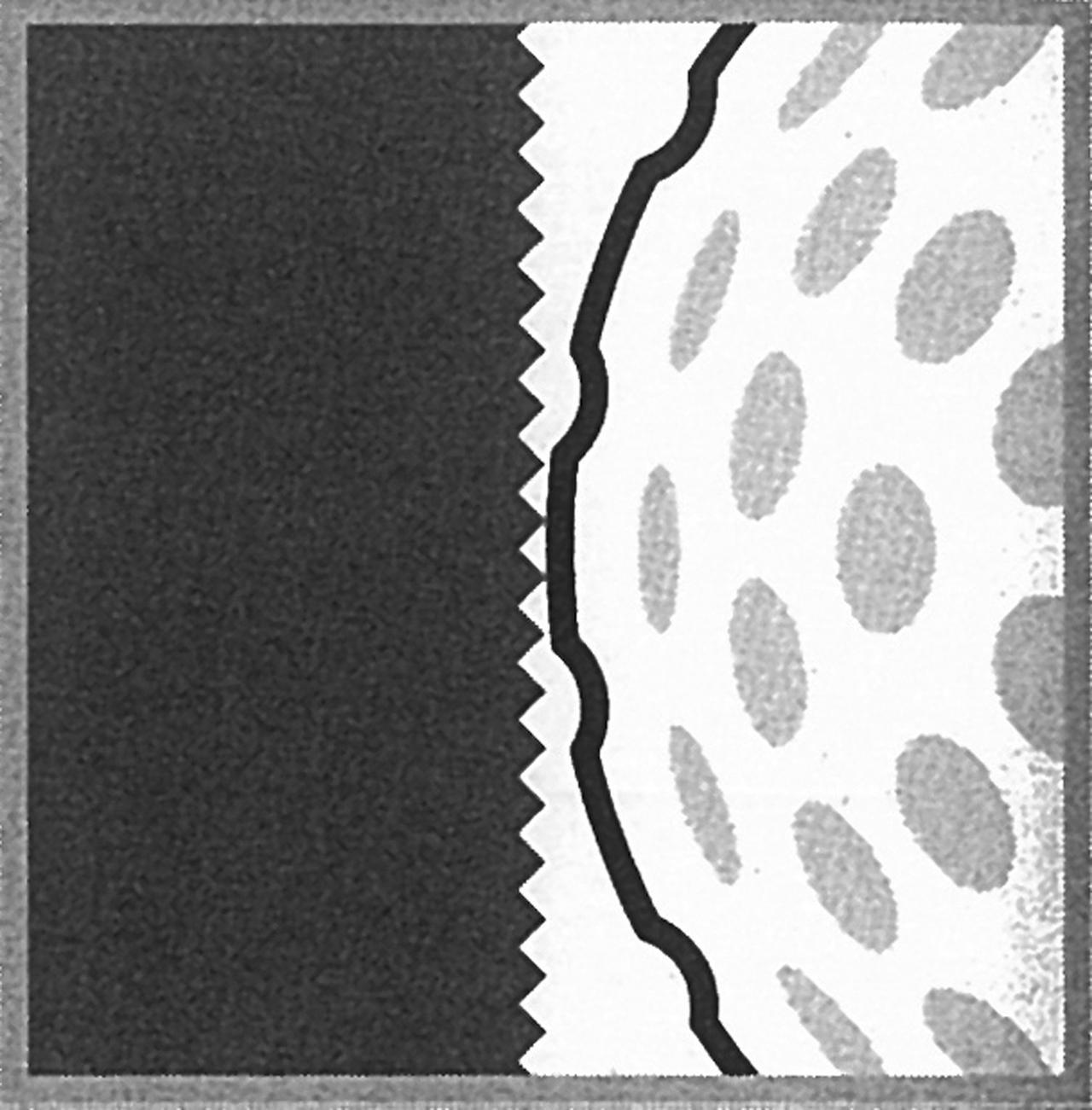 """画像: 点で当たると金属の硬い打感より、ボールの柔らかい打感が際立つ。これが""""ソフト""""に感じる理由だ"""