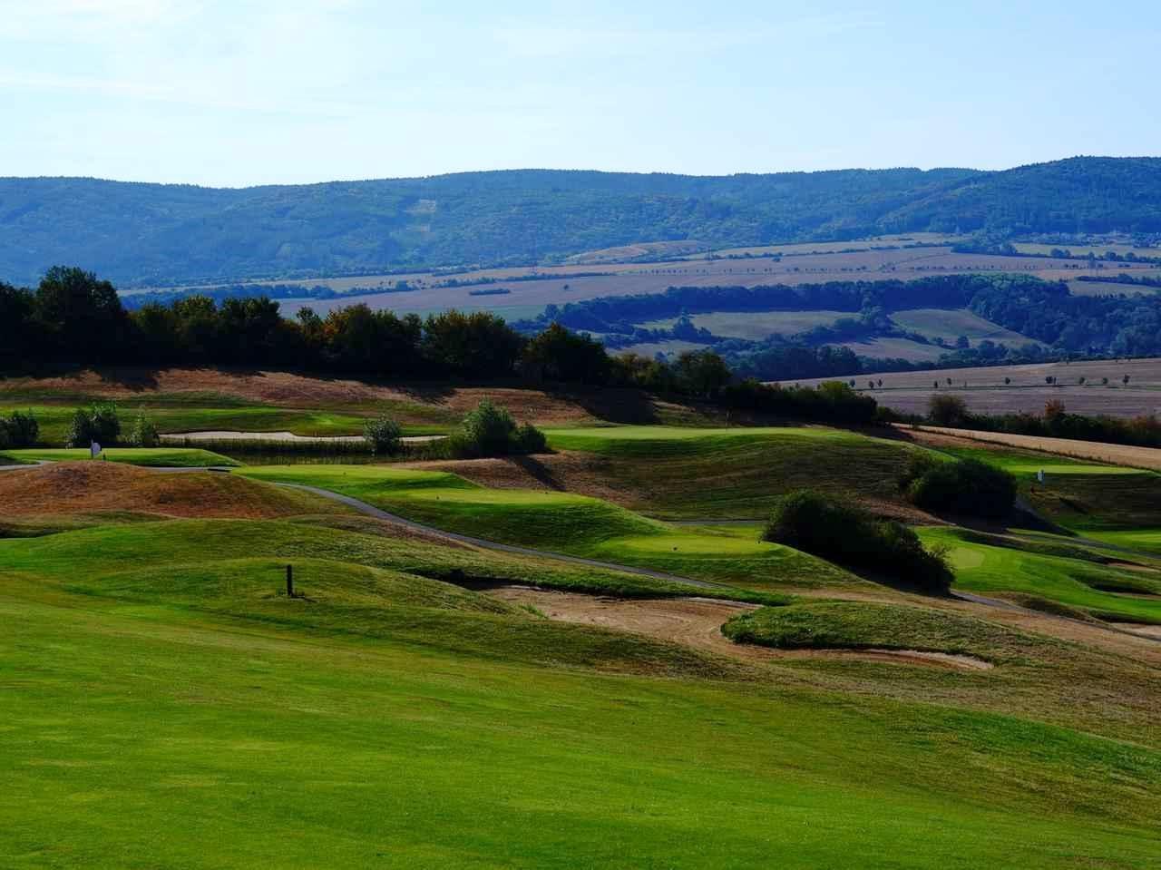 画像: 【欧州・チェコ】中欧の宝石箱「プラハ」で見つけたゴルフの楽園へ。プラハ6日間 2ラウンド - ゴルフへ行こうWEB by ゴルフダイジェスト