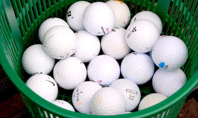 画像: ボールはコースボール。1カゴ25球