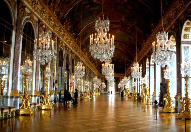 画像: 世界一華麗な宮殿「ヴェルサイユ」