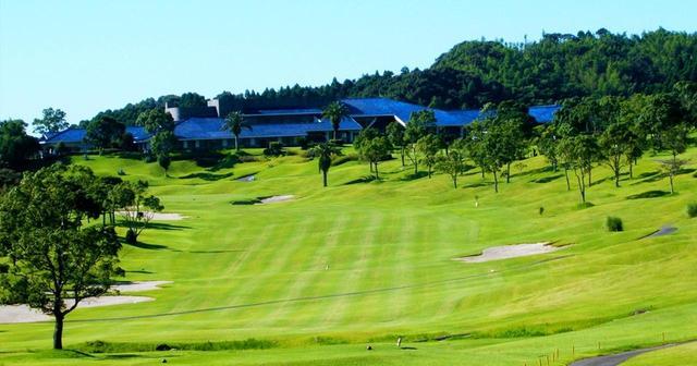 画像: ハイビスカスゴルフクラブ(9番)