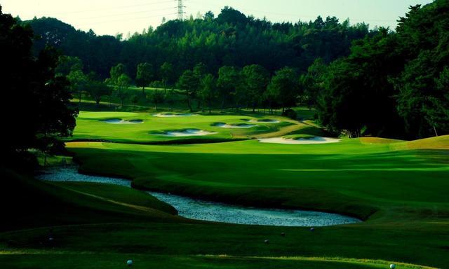 画像: 【静岡・名コース】GWに行く。井上誠一設計「葛城GC」宇刈・山名36Hと、名宿「北の丸」 葛城2日間ゴルフ旅 - ゴルフへ行こうWEB by ゴルフダイジェスト