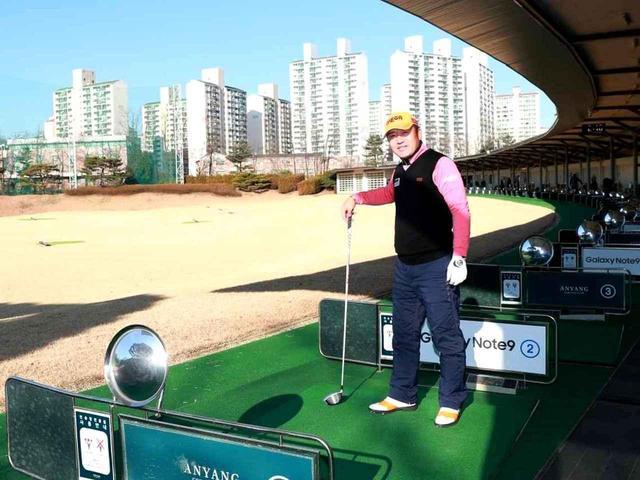画像: 【チェ・ホソン】超変則フィッシャーマンズスウィングの誕生地! 韓国ソウル「虎さんの休日」へ訪問。 - ゴルフへ行こうWEB by ゴルフダイジェスト