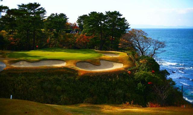 画像: 大阪ゴルフクラブ 14番ホール(145Y・P3)