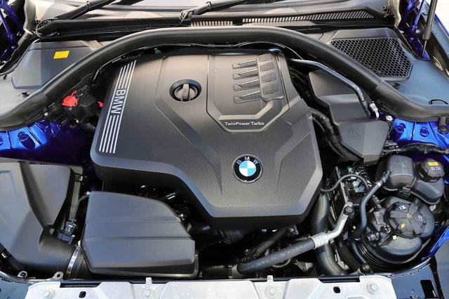画像: 直4のDOHCターボエンジン