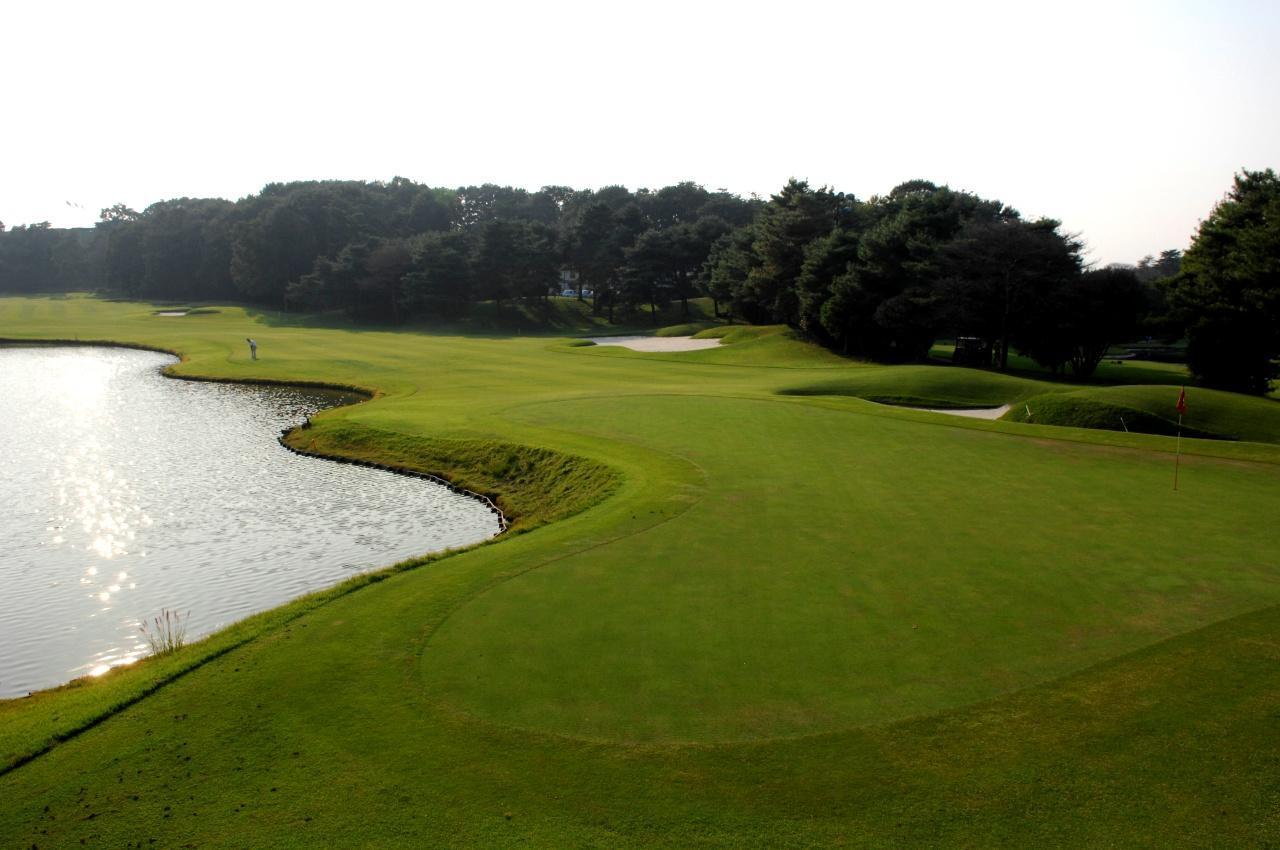 画像: ニュー・セントアンドリュースゴルフクラブ・ジャパン 1番ホール(442Y・P4)