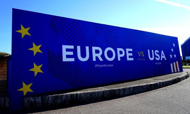 画像: 取材時には「ヨーロッパvs米国」の看板が残っていた。臨場感たっぷり