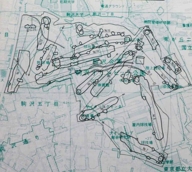 画像: 現在の駒沢オリンピック公園付近と、駒沢コース18ホールとの位置関係
