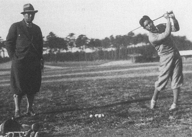 画像: 赤星六郎をゴルフの先生と呼んだ安田幸吉プロ。四郎、六郎ともにナショナルハンディ導入時トップのHC2 (PHOTO/JGA70年史)