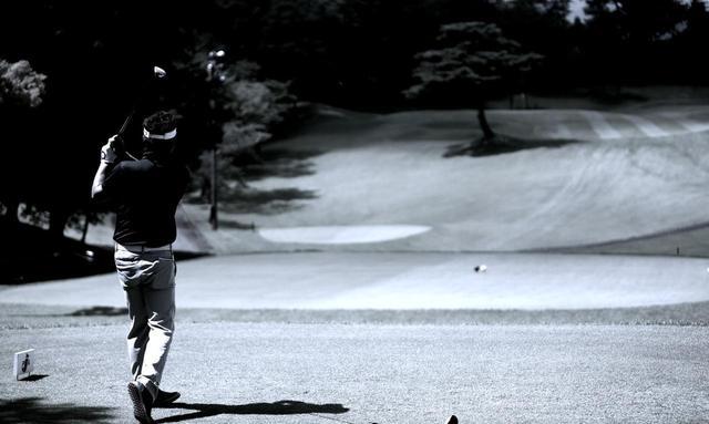 画像1: 【通勤GD】高松志門・奥田靖己の一行レッスンVol.22「お願いを入れるな」ゴルフダイジェストWEB