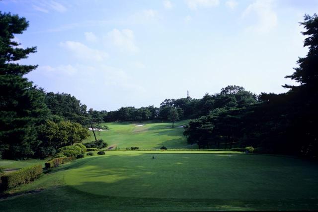 画像: 高坂カントリークラブ(埼玉)の6番ホール(182Y・P3)