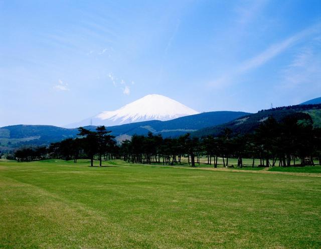 画像: 富士山の眺めが美しい、富士小山GC