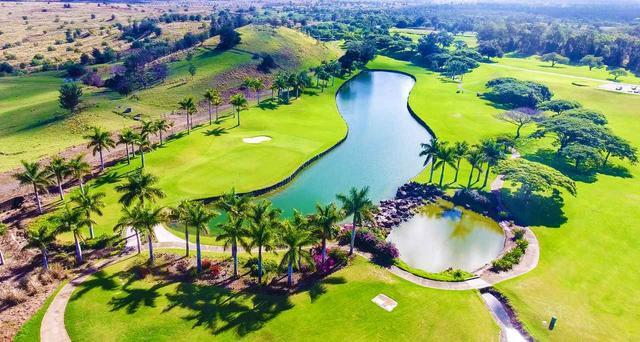 画像: ハワイ島の高原に広がる「マカニゴルフクラブ」18H・6510Y・P72