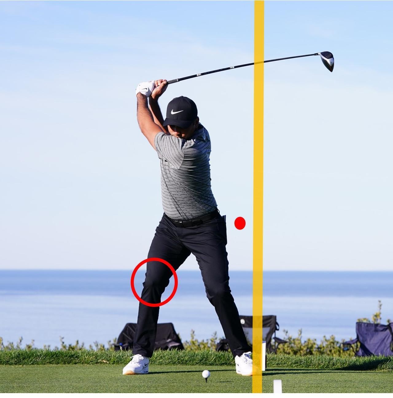 画像: 左側屈を使って、頭や右ひざを動かさずにトップへ