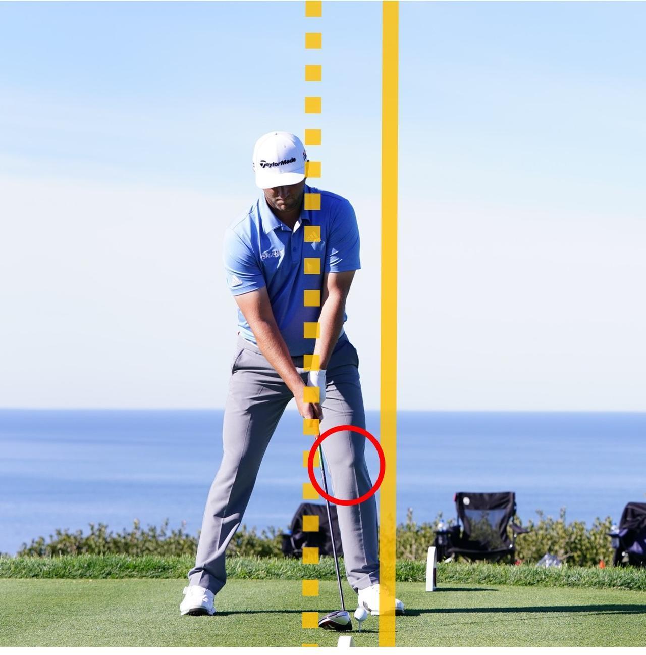 画像: 左ほほにもう一本線を引くと、その線がヘッドの最下点