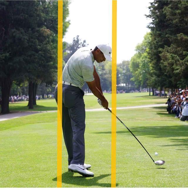 画像: ジョンソン同様に左のお尻が線からはみ出る。上体が起きるとお尻は線から離れしまう