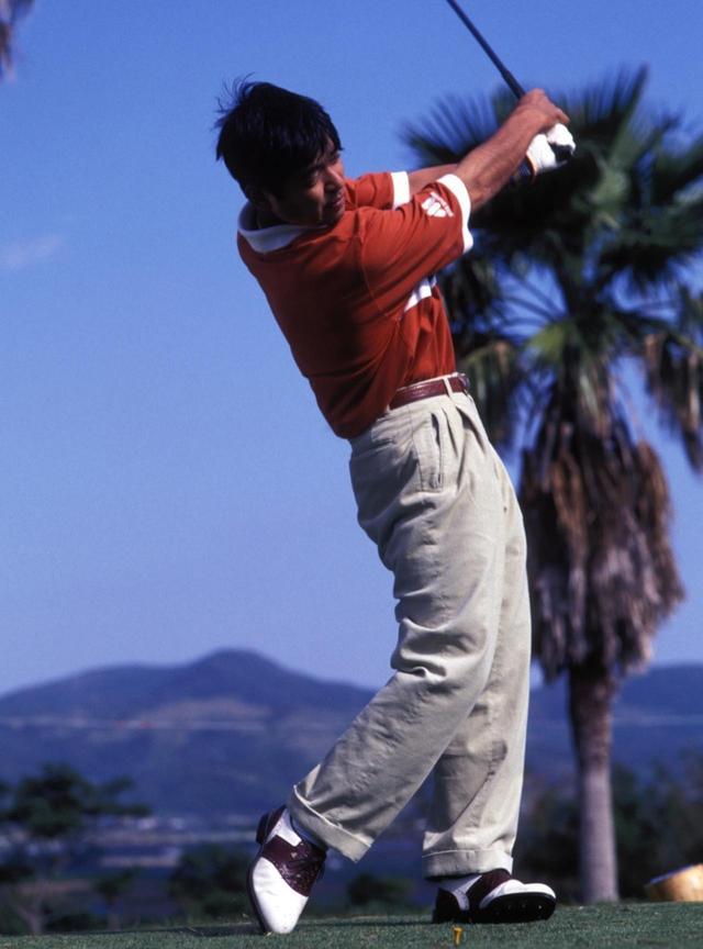 """画像6: 【通勤GD】伊澤利光「イザワの法則」Vol.20  ジャンボさんの""""技術""""を今はクラブがやってくれる ゴルフダイジェストWEB"""