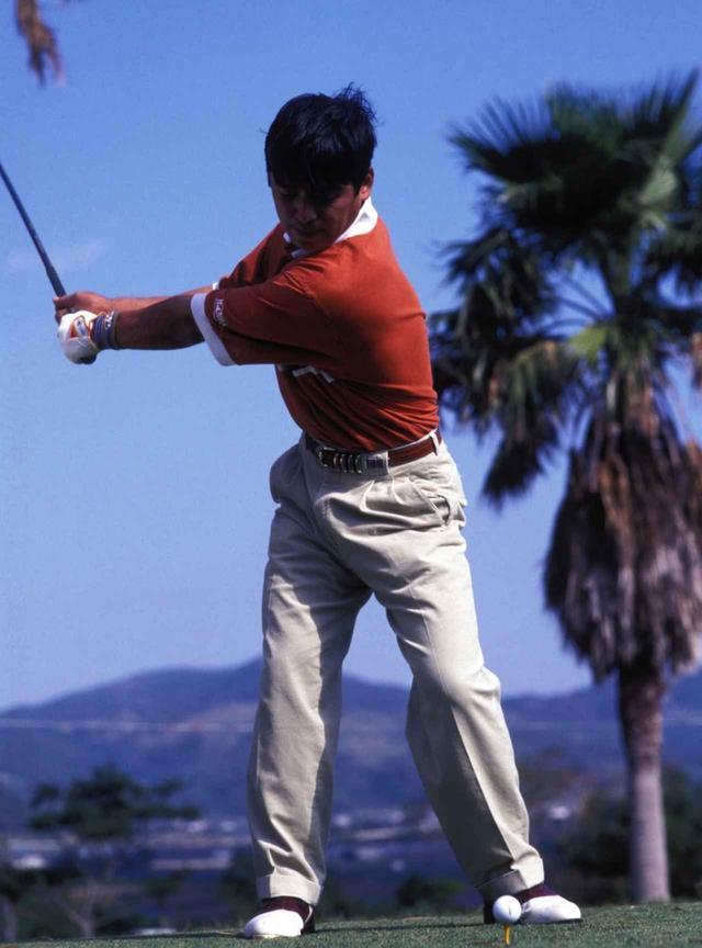 """画像3: 【通勤GD】伊澤利光「イザワの法則」Vol.20  ジャンボさんの""""技術""""を今はクラブがやってくれる ゴルフダイジェストWEB"""