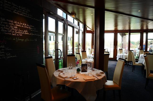 画像: パリの3ツ星レストランで腕をふるったシェフが作る本格的なフレンチが味わえる。