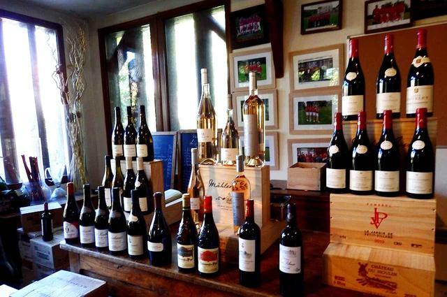 画像: 定期的に行われているワイン直売会では、希少なワインに出合えるかも!?