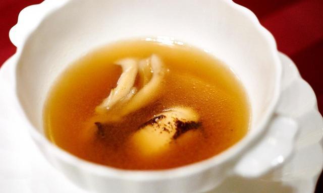 画像: キノコのスープ