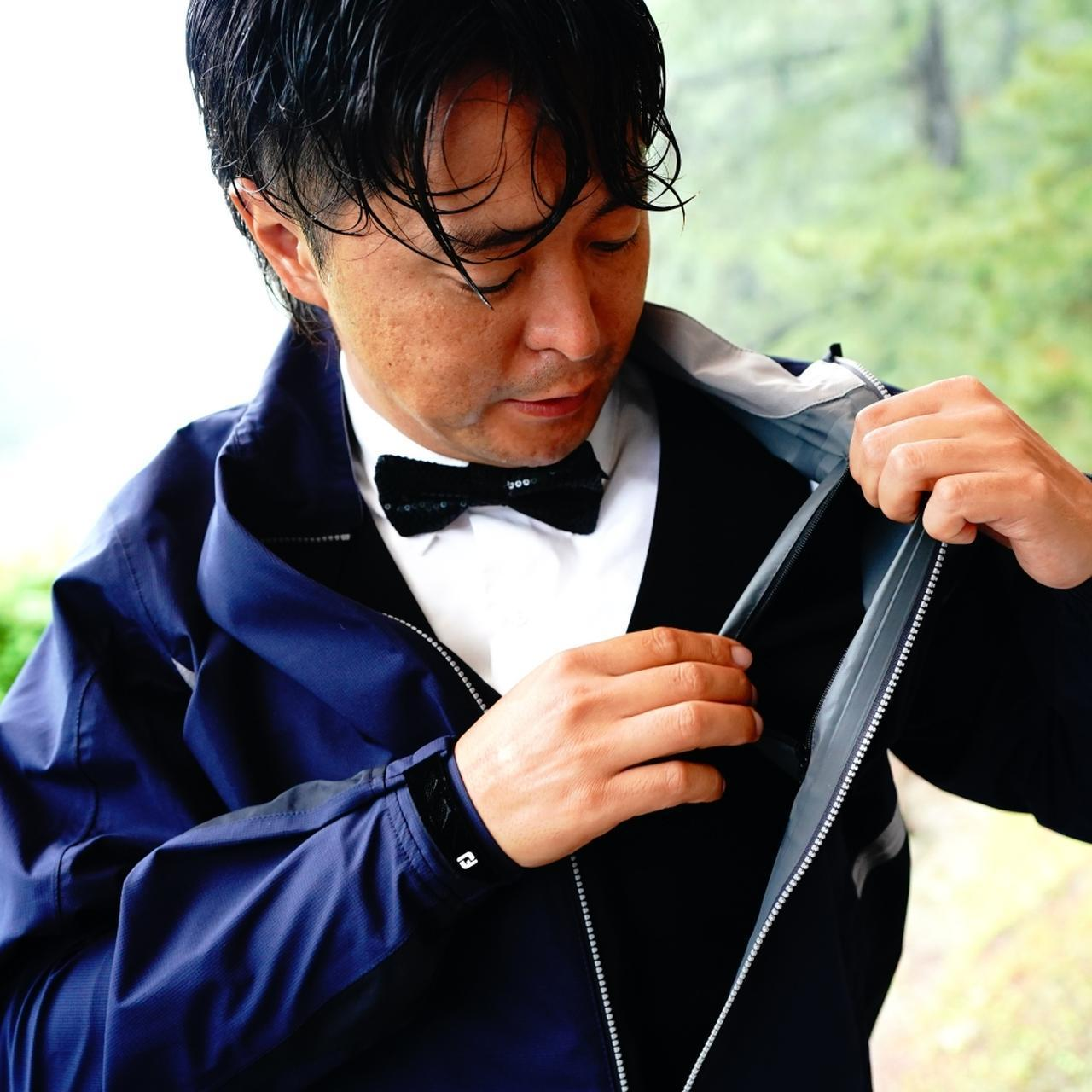 画像: 外ポケットにスコアカードを入れると雨水でボロボロに。内ポケットなら大丈夫!