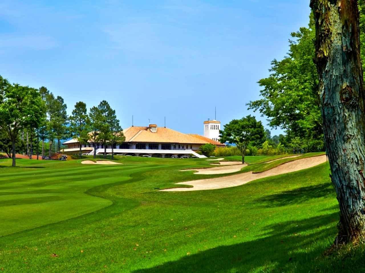 画像: 六甲国際ゴルフ倶楽部 東 西コースの36ホール