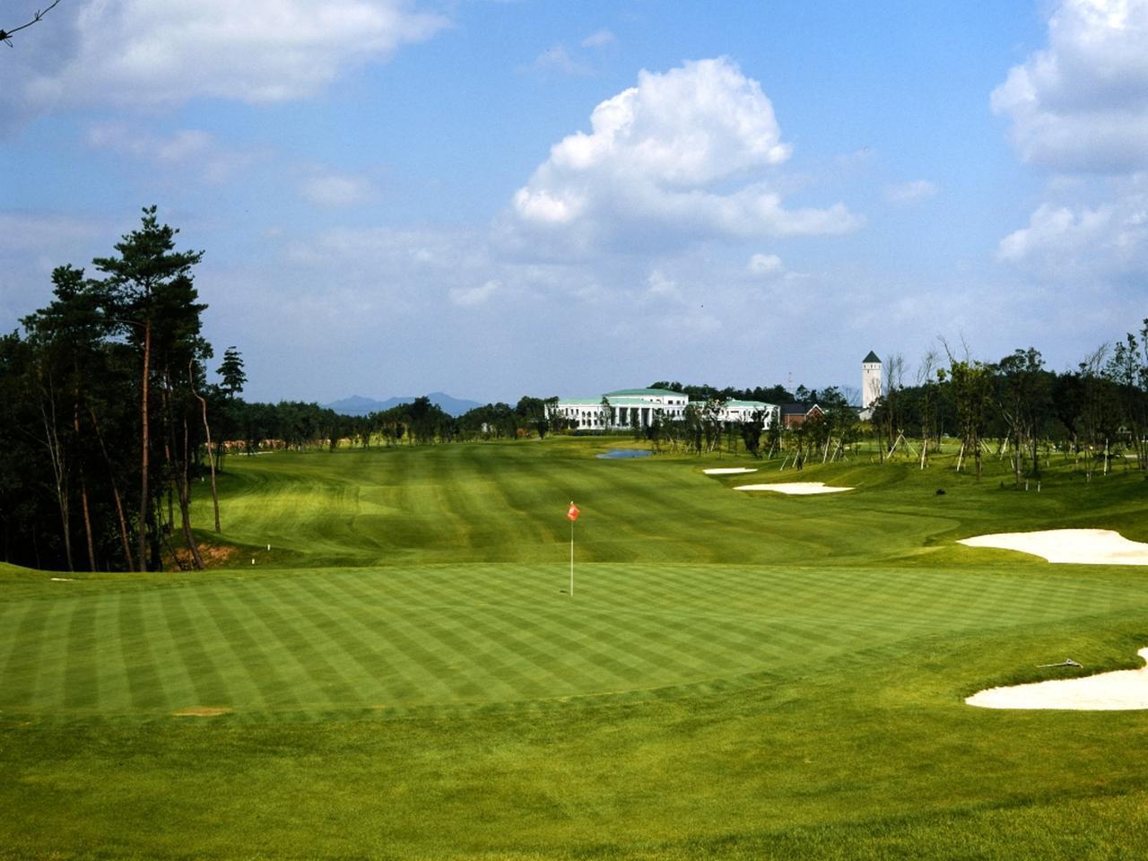 画像: オリムピックゴルフ倶楽部 18ホール(6833Y・P72)2013年に関西オープン開催