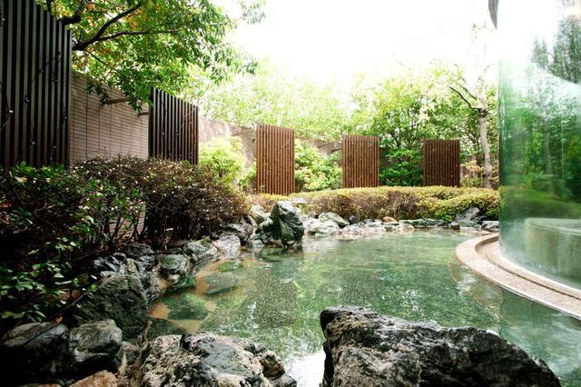 画像: 露天風呂(女性)アルカリ性単純温泉