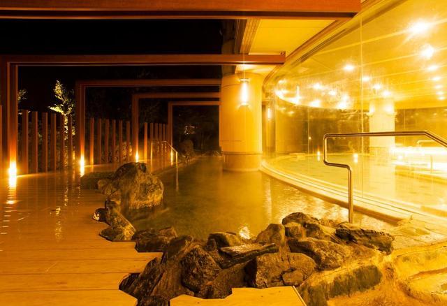 画像: 露天風呂(男性)アルカリ性単純温泉