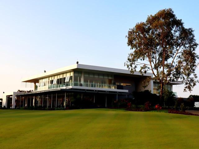 画像: モンゴメリー ゴルフリンクスのクラブハウス