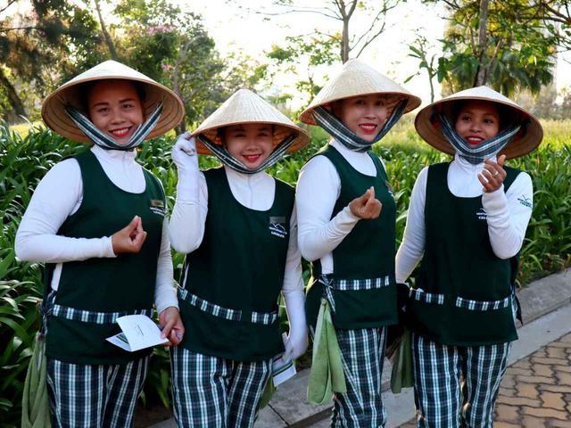 画像: ベトナムは一人一人にキャディが付く